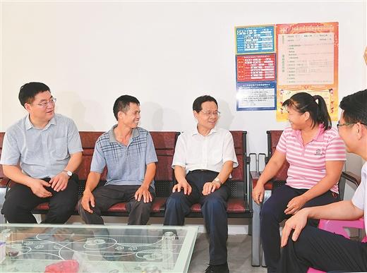 陈武深入上思县调研强调把提高脱贫质量放在首位