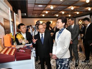 广西特产行销海外展示活动在香港举办 南丹巴平米获青睐