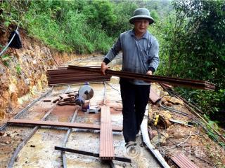 平桂区:加快明梅顶土瑶扶贫旅游项目建设
