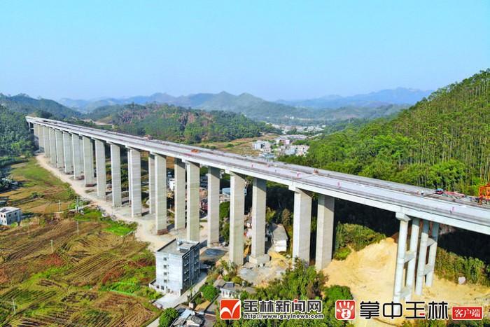 陆川县:即将结束不通高速的历史